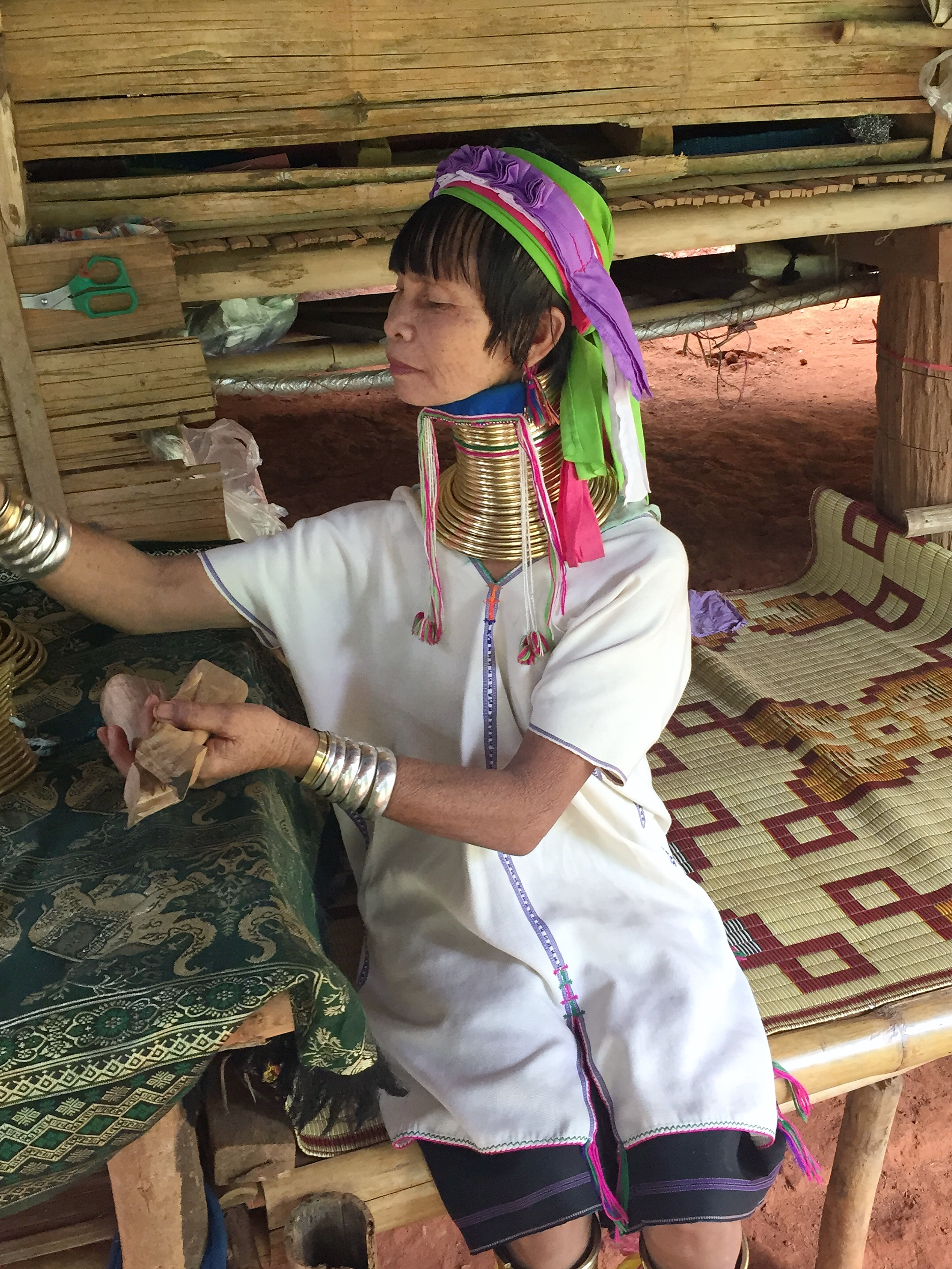 woman of the long neck tribe