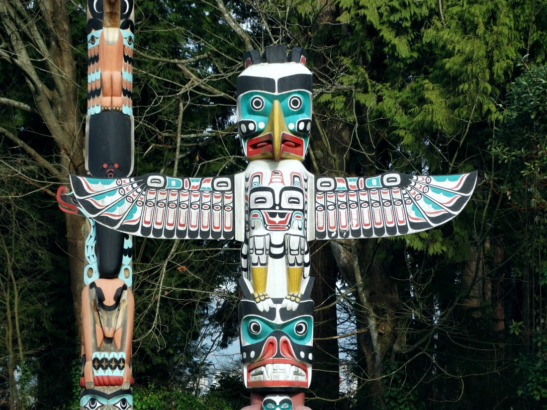 native canadian totem