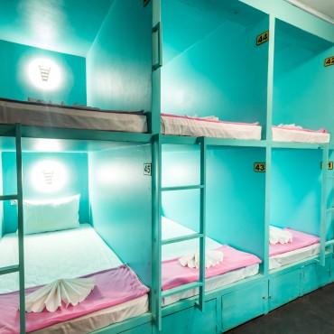 oasis capsule hostel