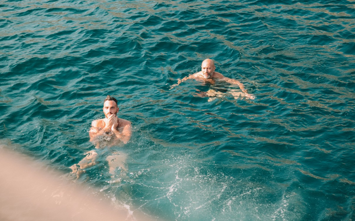 swimming in marseilles