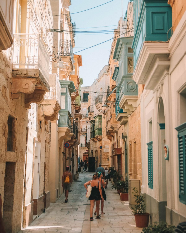 vittoriosa streets malta