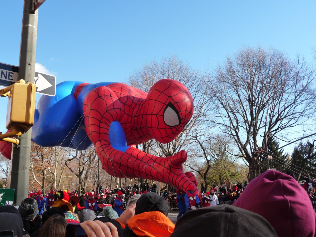 new-york-manhattan-new-york-city-carnival-float-parade-thanksgiving-festival-character-cartoon-spiderman-1344676