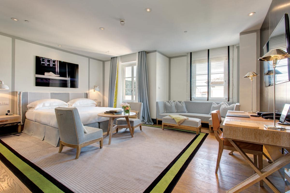 lungarno-collection_portrait-roma_bedroom-photogallery-1