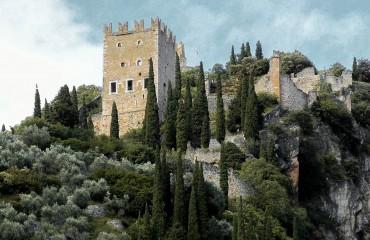 castle-2747106_1920-2