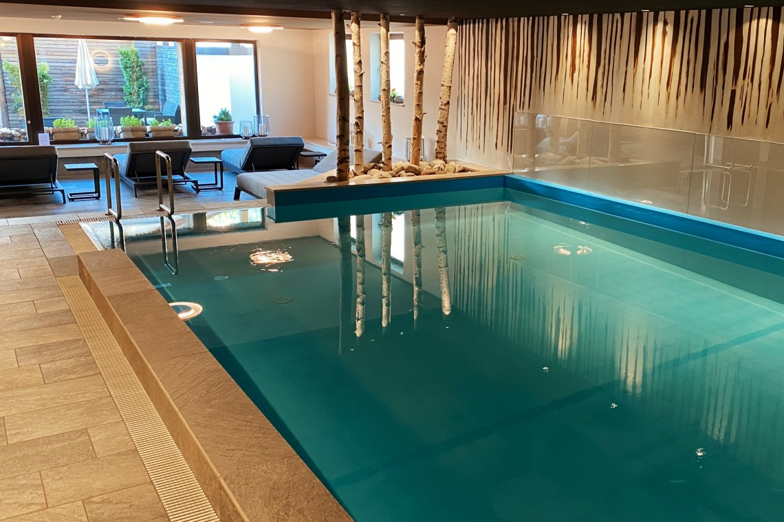 piscina post hotel san candido